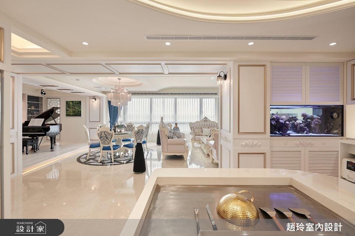 比照五星飯店的甜美系新古典宅 ! 暗藏鐵板燒台、鋼琴酒吧 !
