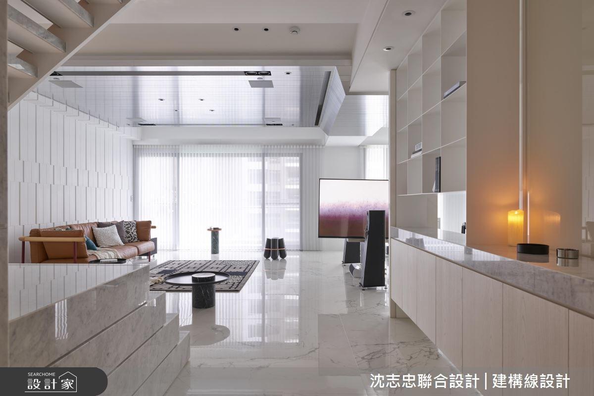 白透淨的光影韻律感 輕盈紓壓樓中樓簡約宅