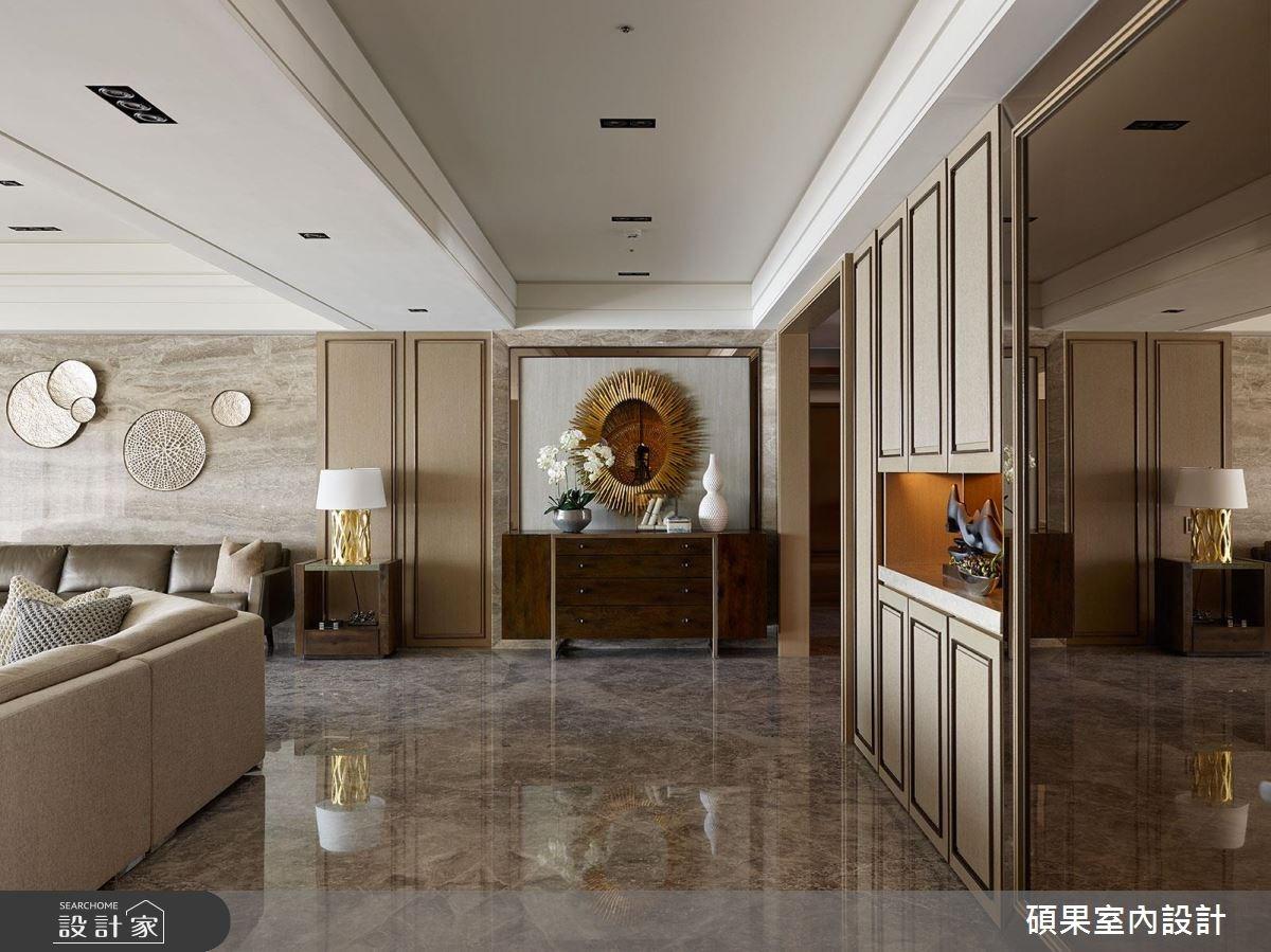 香檳金的浪漫氣息 重現電影中的奢華大宅