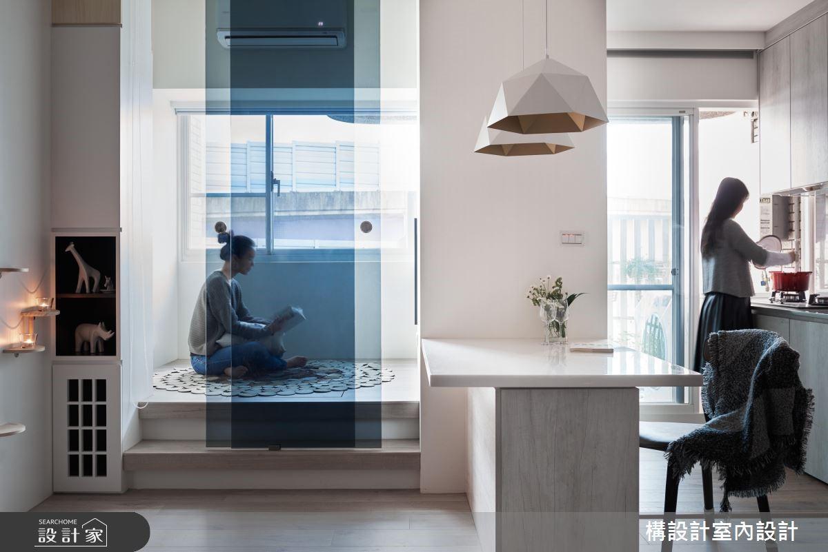 明亮廚房、超強收納! 兩個人的 15 坪北歐風公寓