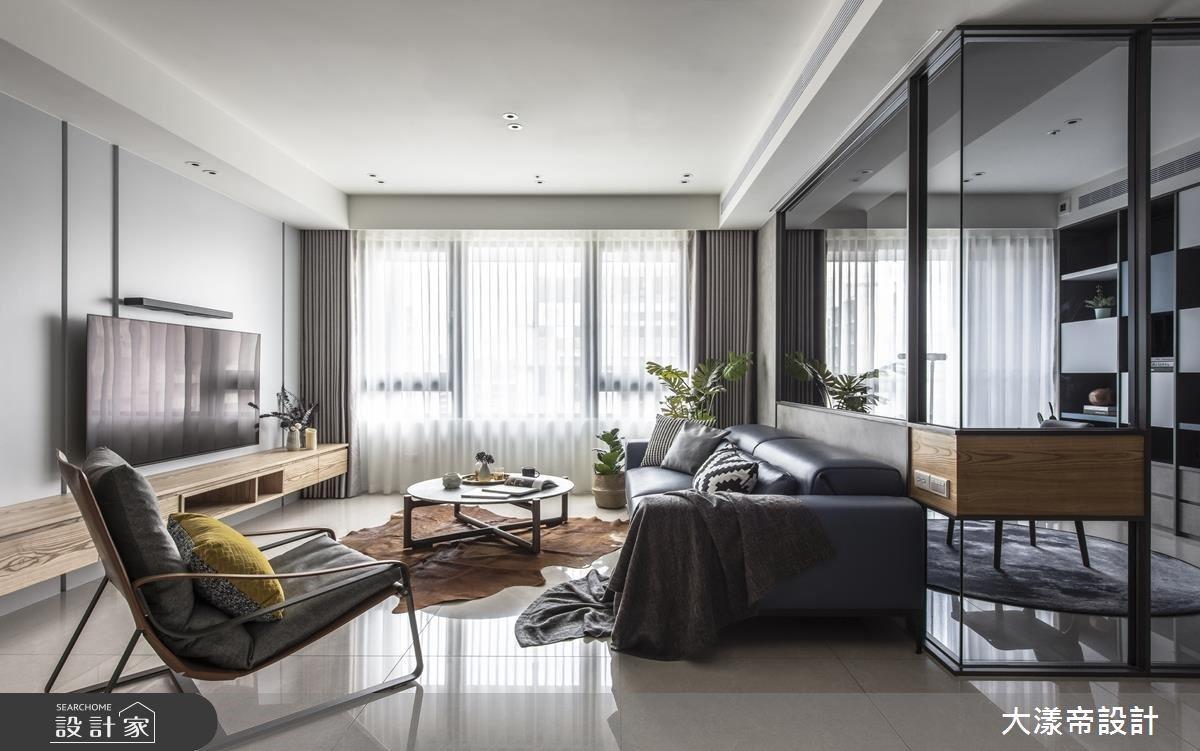 自然光打亮一片淨透亮 烘托現代簡約風私宅設計