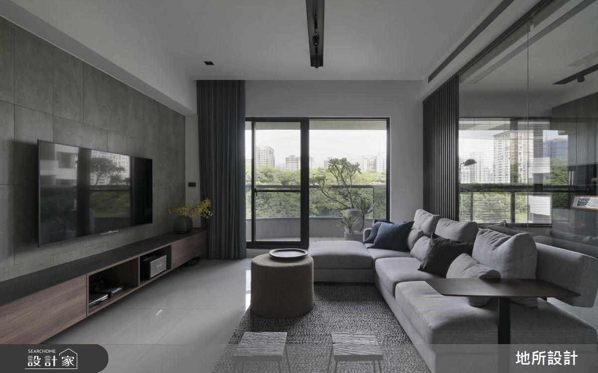綠意景觀、明亮採光加持!灰色也能坐擁一室溫柔