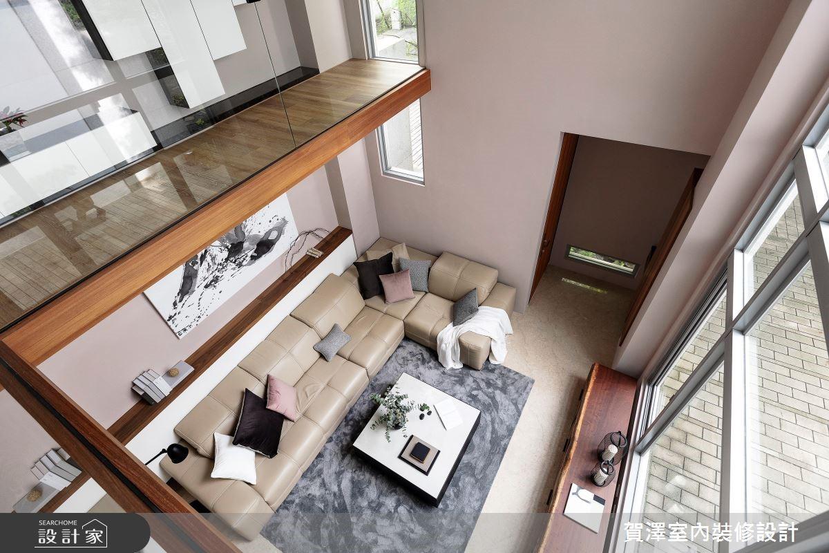 莫蘭迪色與原木的動人演繹 展現靜謐舒心的現代風別墅
