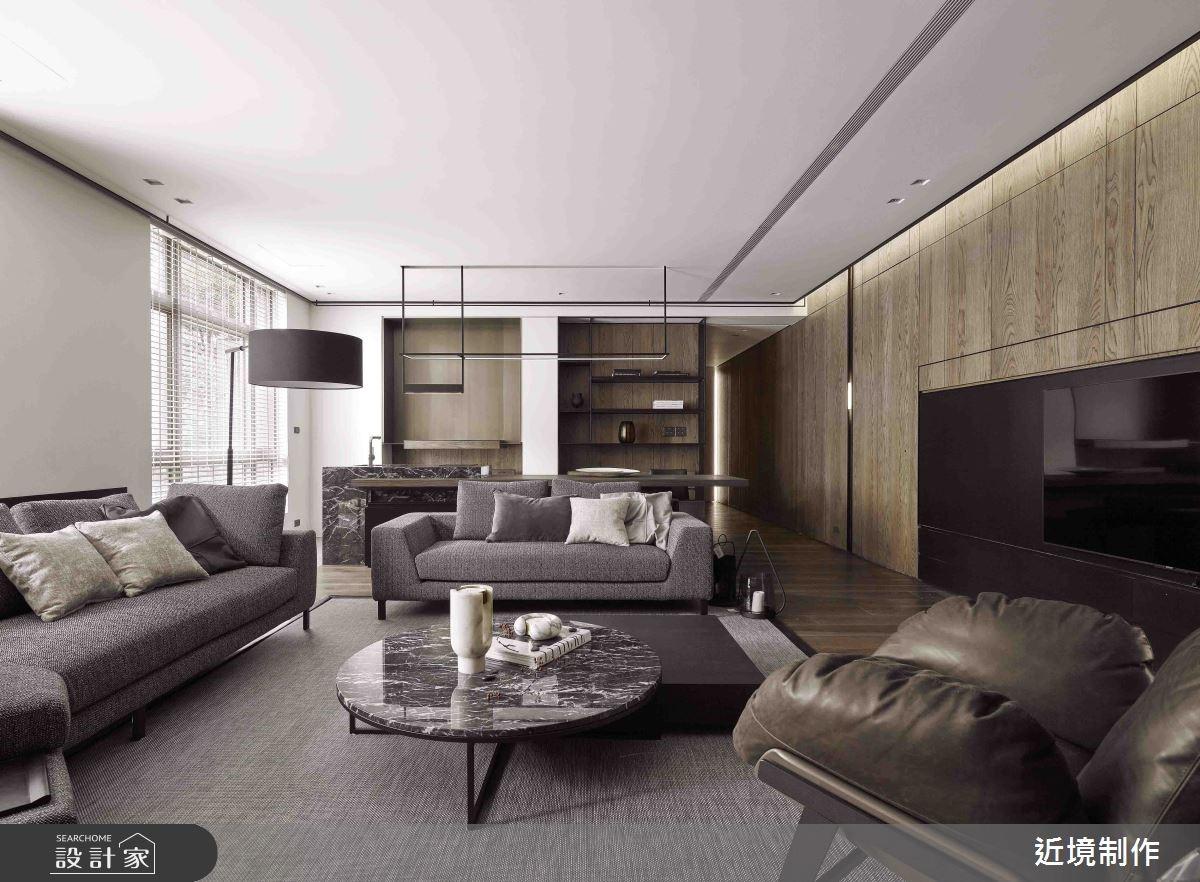 以材質勾勒立面,沿著浮線建構出型隨機能的住宅空間