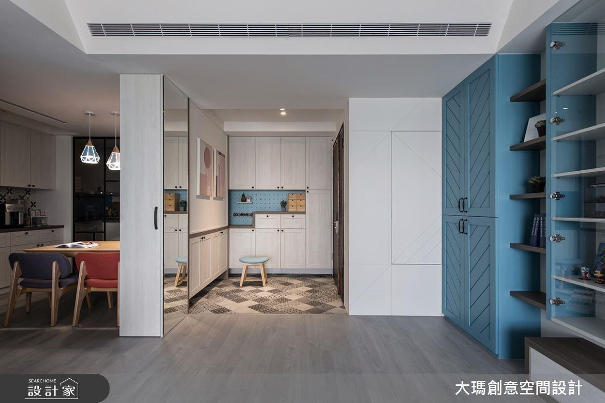 湛藍冰晶色系居家,簡約北歐風混搭現代質感!還有超實用機能的貼心玄關設計