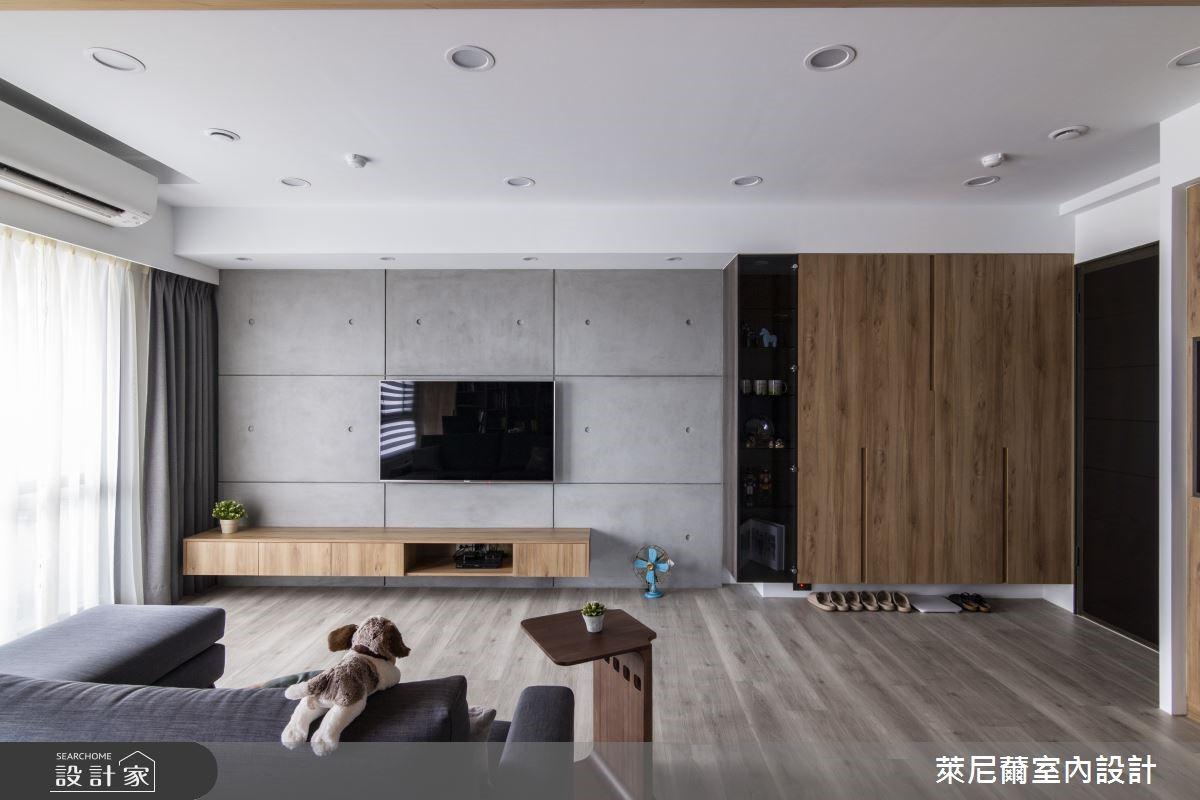 善用客變引光入室,28坪日系暖木清水模宅