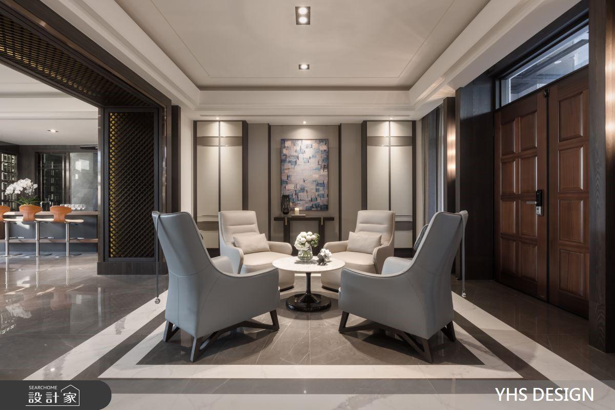 雙客廳設計 + 紅酒櫃牆,200坪透天宅邸的低調奢華享受