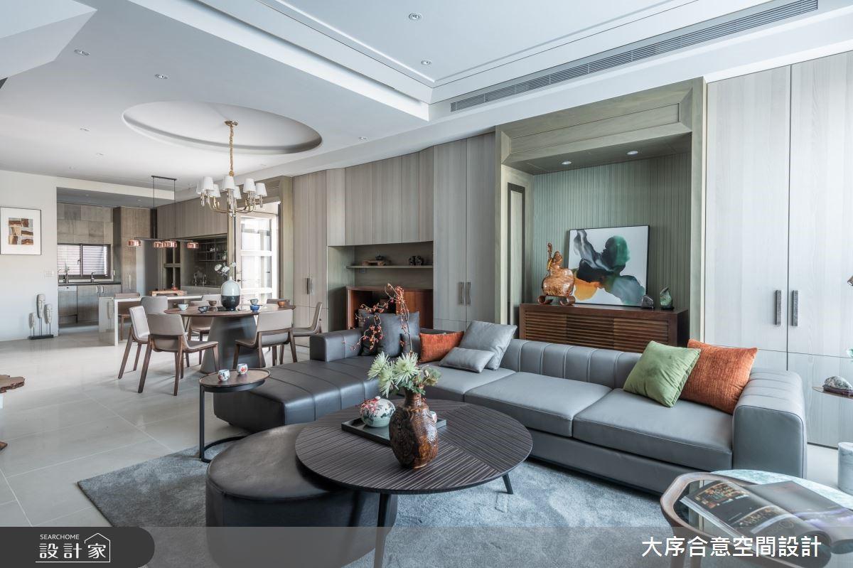 老中青三代入住78坪透天宅,愜意日光與原木質感妝點豪宅氛圍