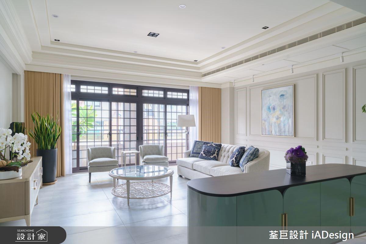 簡約白系新古典美學,35 坪展現豪宅般風雅品味