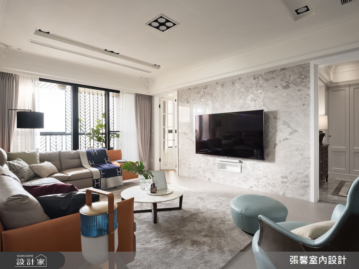 優雅卻不冰冷!時尚白 + 暖灰色打造 45 坪輕美式光感公寓