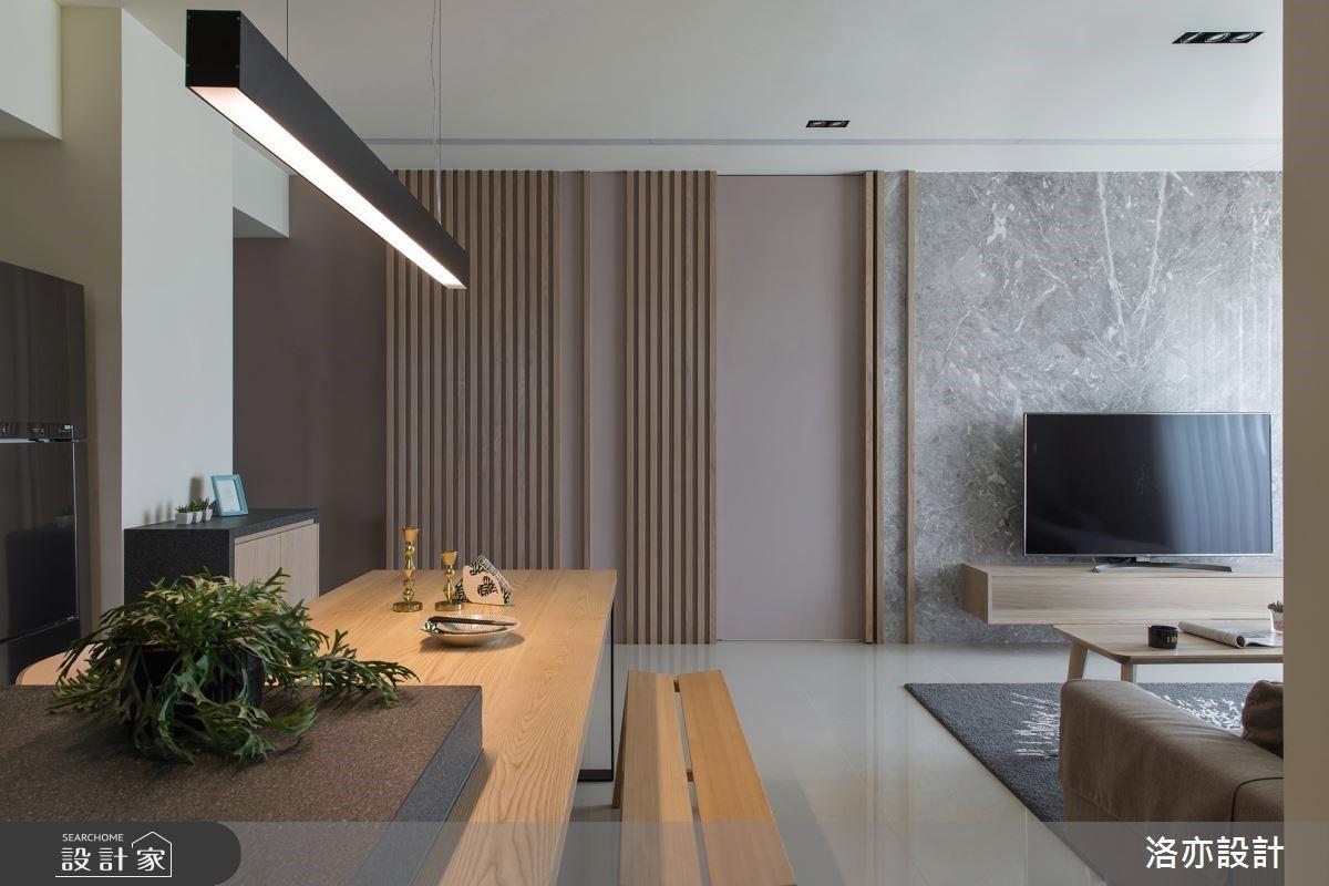 開放格局、引光入室,35 坪超透亮採光宅,還將房門隱藏於電視牆面!