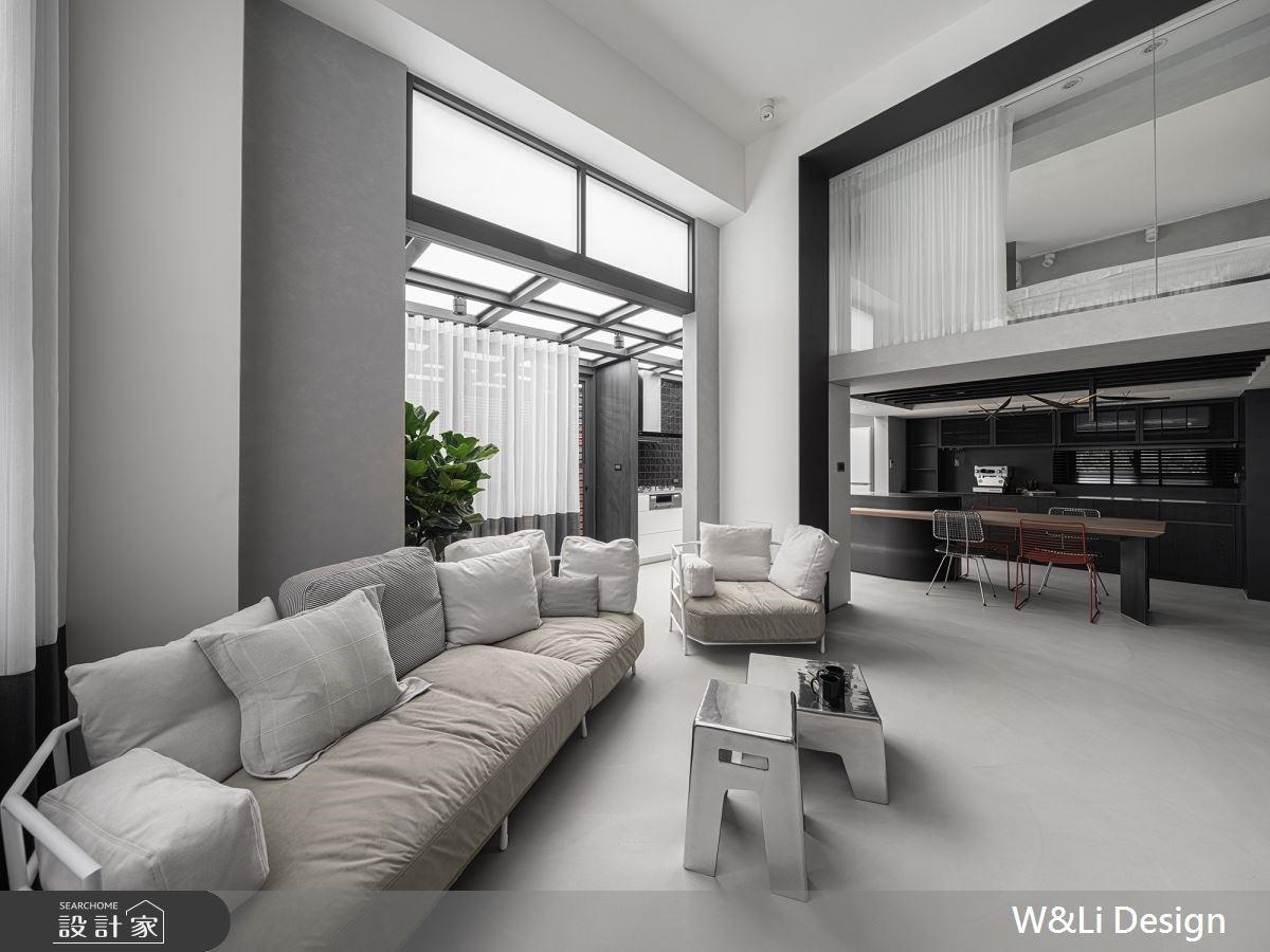 40 坪複層「黑白灰系」簡約質感,用黑鐵、水泥與純白打造個性美宅!