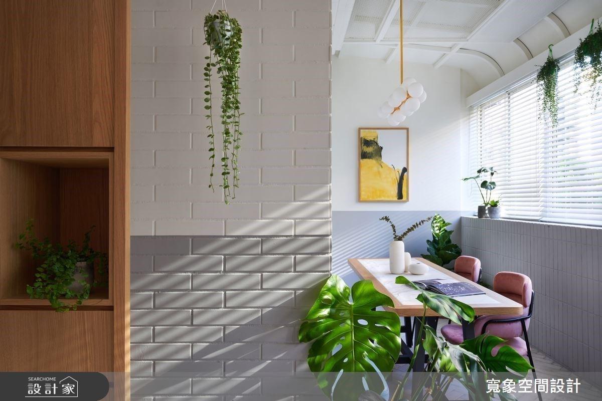 老宅玄關內建混搭風咖啡館!化身自由工作者的靈感集散地