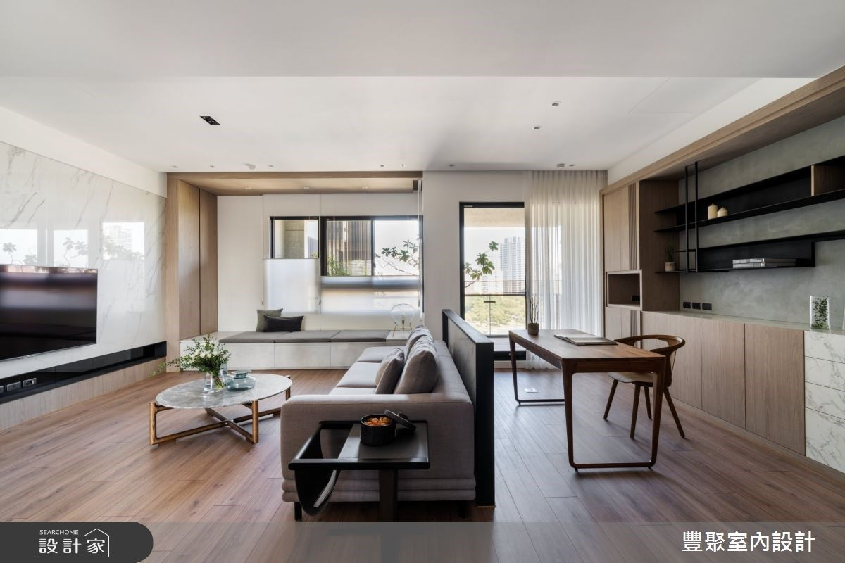 和門對門、穿堂煞NG風水說掰掰!矮牆設計讓48坪現代風住宅有風格、有收納還有穩穩靠山