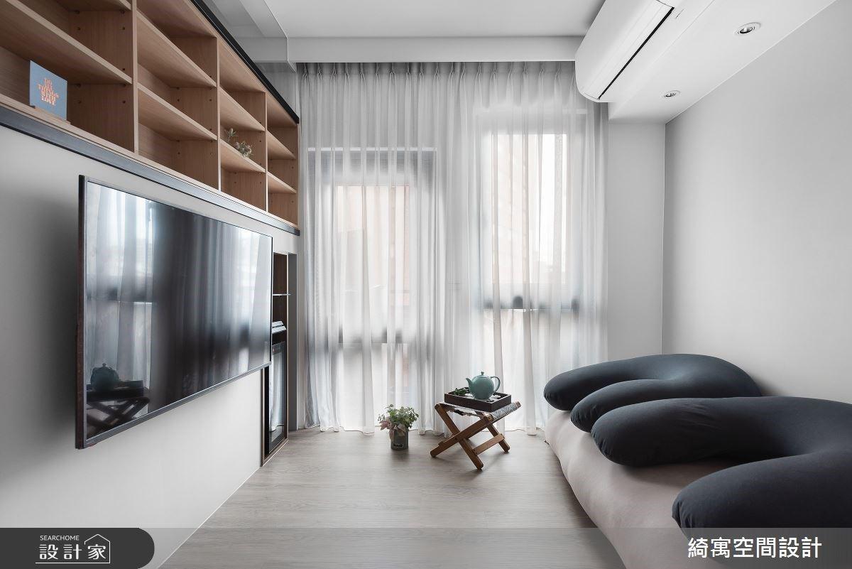 牆面厚度為收納助力!夾層設計讓 7 坪小宅機能滿載也能舒服伸展