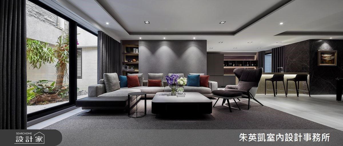 歷久彌新的現代風大別墅!深色建材打造雋永系和室、奢華感吧台