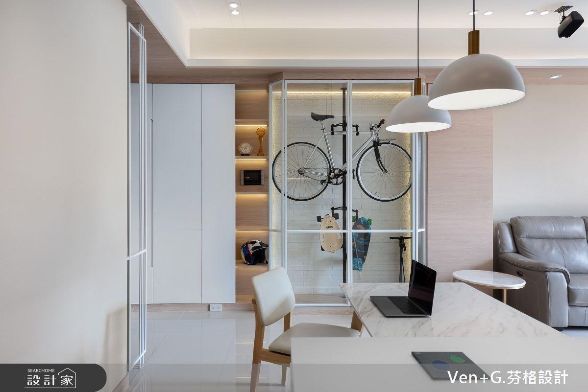 小坪數大效能!23 坪清爽系北歐宅,讓單車展示櫃、大更衣室的夢想不再遙不可及