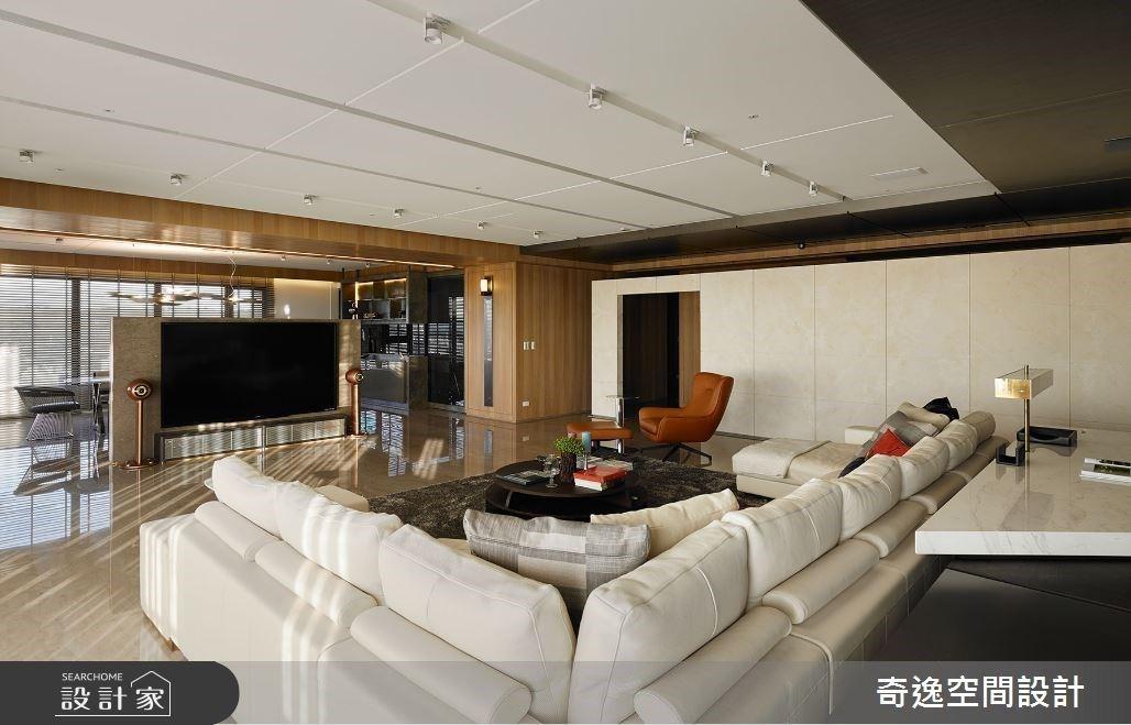 大尺寸臥榻、五星規格主臥發揮百坪優勢!現代風豪宅坐享 270 度無敵視野