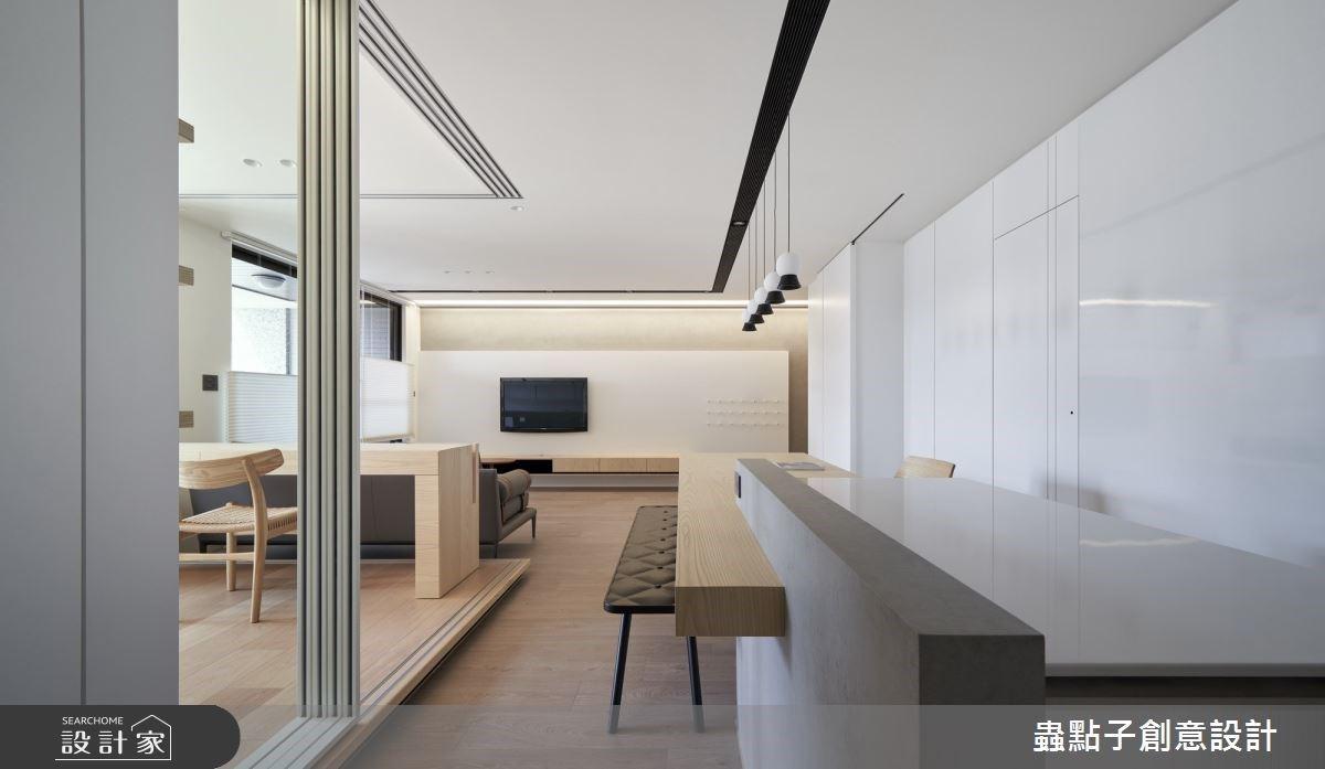 洞洞板、白板牆創意提味!清新極簡空間裡找回家的隨興放鬆