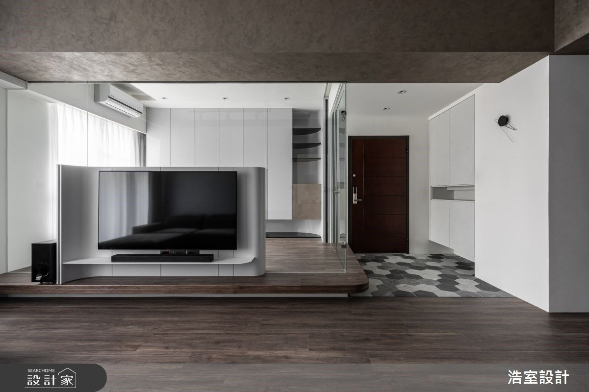 大量留白讓空間說話  俐落現代居家新宅