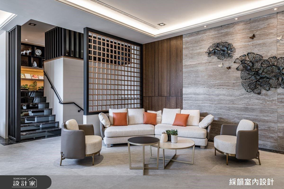 挑高殿堂撇見耀眼星空!石材、木皮與鍍鈦三大建材將悠然禪意帶入現代風建案裡