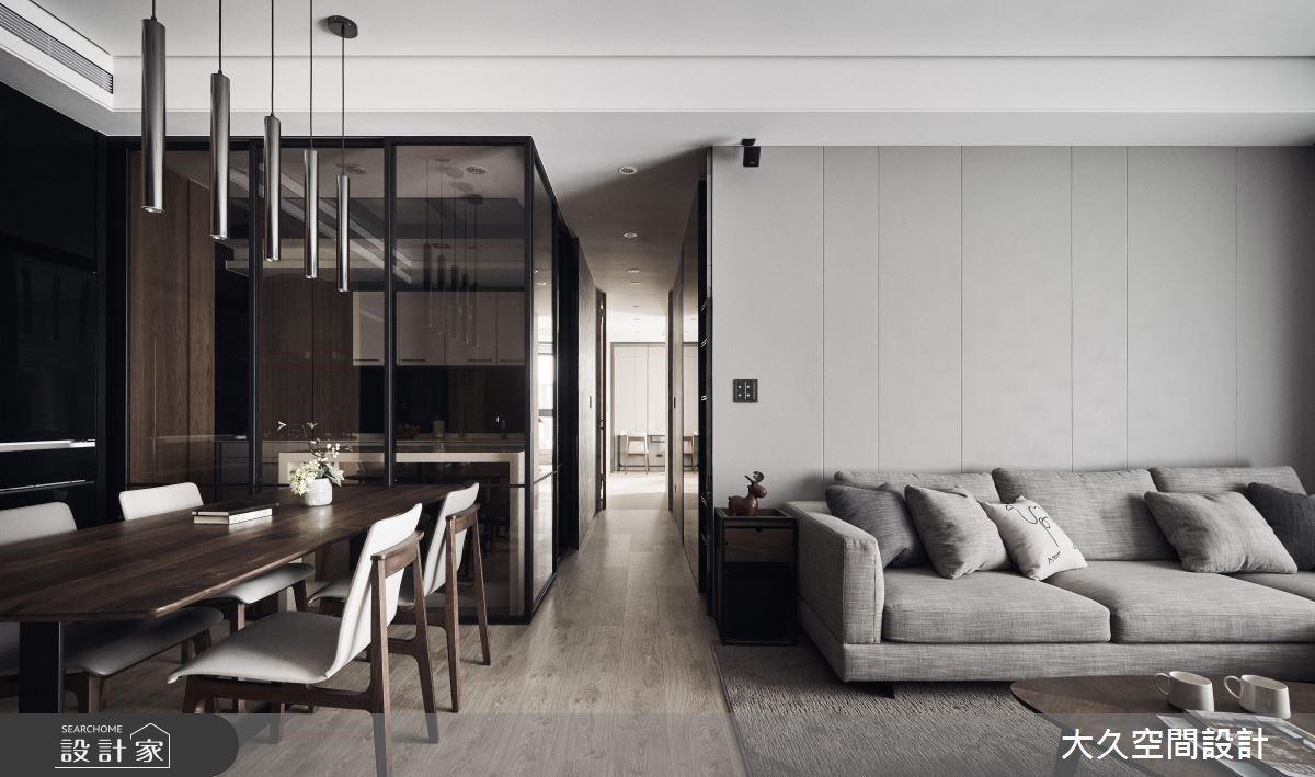 低彩度的時尚觀察!暖木、灰階與俐落鐵件,創造33.6坪五星級飯店式居家