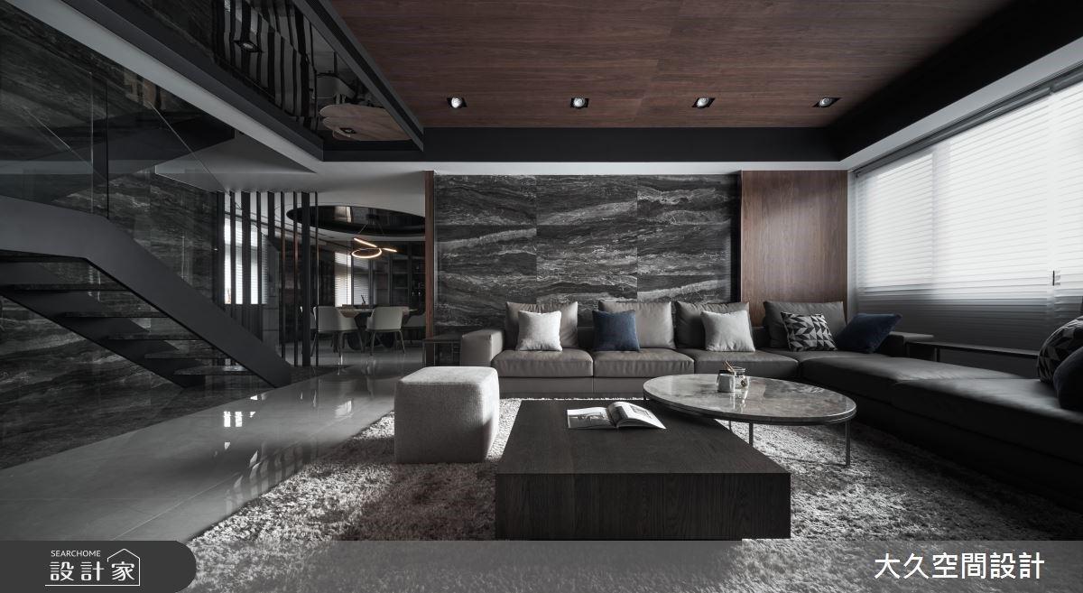 懸浮樓梯+奢華異材質!現代風樓中樓一圓你的豪宅夢
