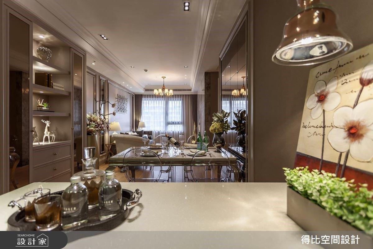 中島吧檯X鏡面點綴X藝術裝置,創造優雅時尚的新古典飯店風尚