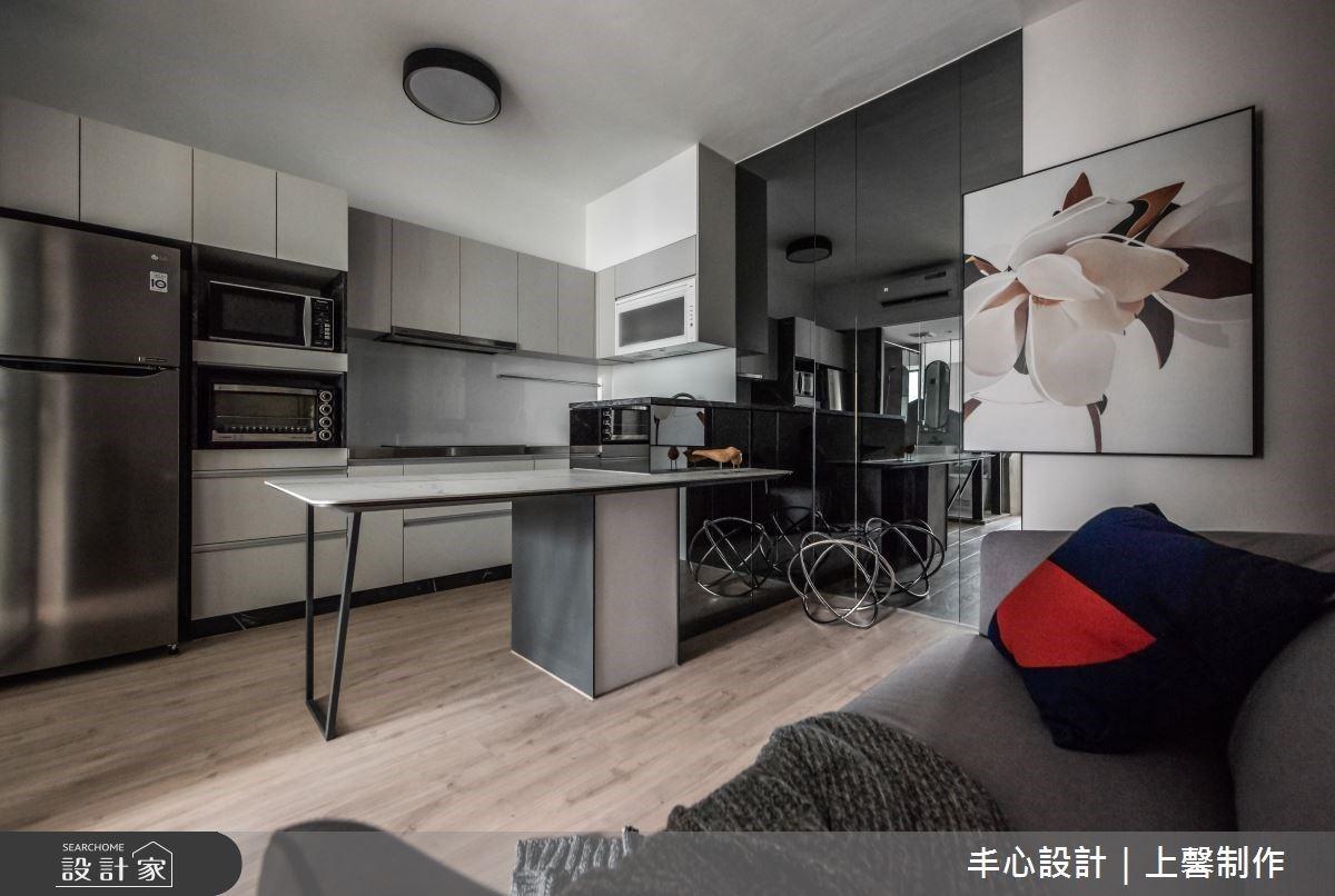 老屋翻新10坪現代日光宅!2房1廳+超機能美廚讓小倆口更愜意自在