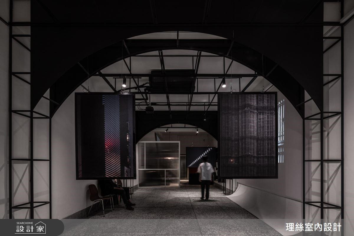 光穿透靜謐老屋!揉合傳統人文與現代風,延伸無限想像的台式藝廊