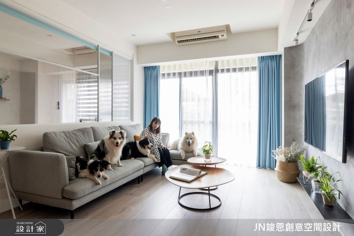 直擊2人4狗的寵物共生宅!讓25坪老屋重拾好採光、空間感的北歐風居家