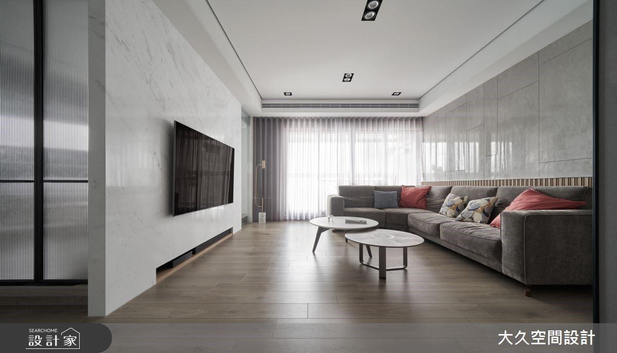 現代風住宅的基本盤!用鐵件玻璃門設計,搞定一家四口愛的好採光與寬敞感