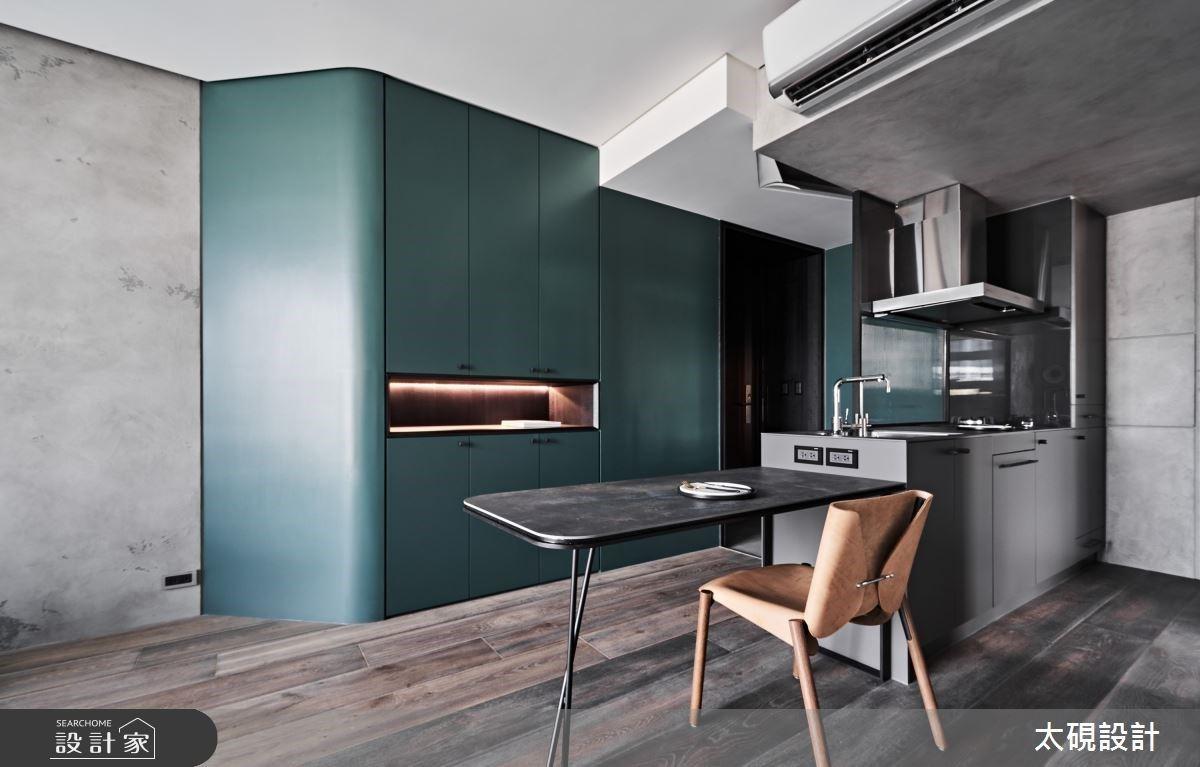 13坪現代異材質設計宅 重新打破你對夾層樓無限想像