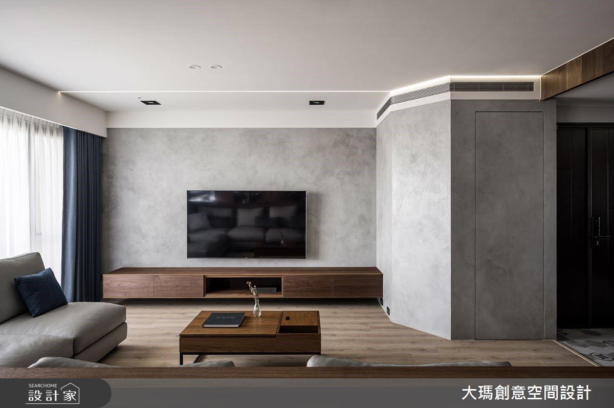 隱藏收納於無形!超長書桌、清晰動線,放大現代風親子宅