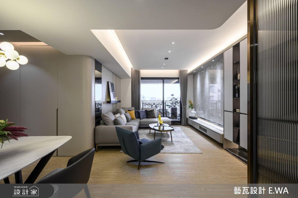 我家比飯店舒適!裝飾鏡面、懸吊精品櫃點亮現代風大宅
