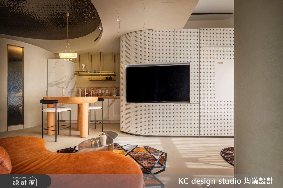 飯店級套房設計!客製化生活空間打造 11 坪現代機能小宅
