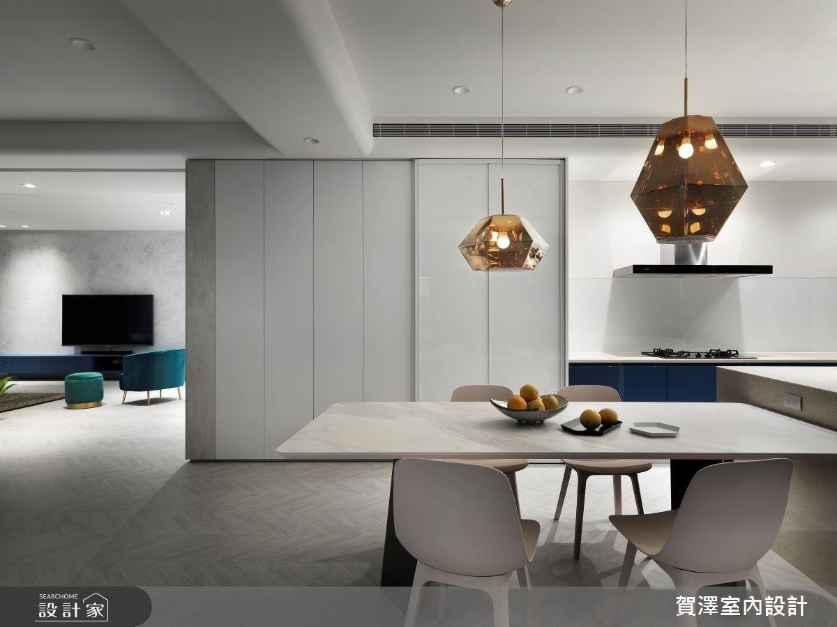 長型中古屋煥然一新!隱藏收納和臥室動線的藍色夢想宅
