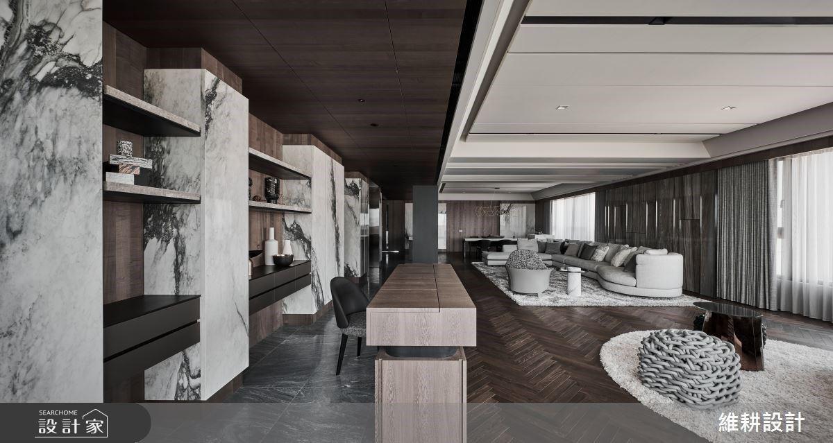 冷冽色調雕琢出沉穩質感,現代風藝術宅邸獨有的大氣風範