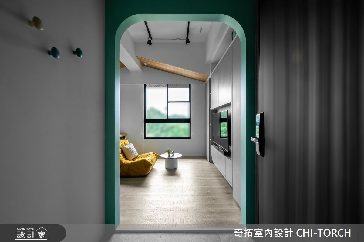 小空間開啟大視野!我倆的 14 坪森林系小宅,出奇拓展出高機能收納