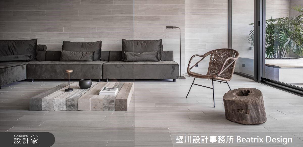 40 年雙拼華廈大改造!找回陽台空間引入光線,在室內感受風的撫卹