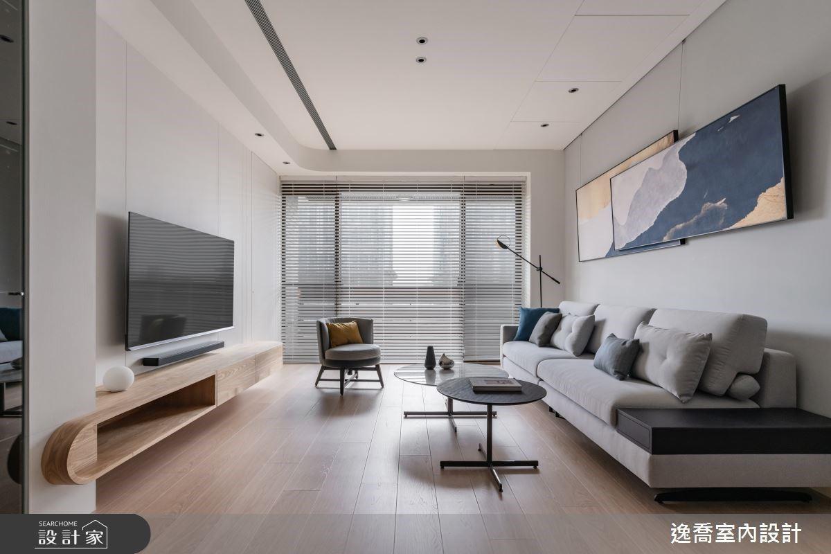 家的每個角度,都安全又舒適!電視牆整合房間隱藏門設計,放大三代同堂全齡宅