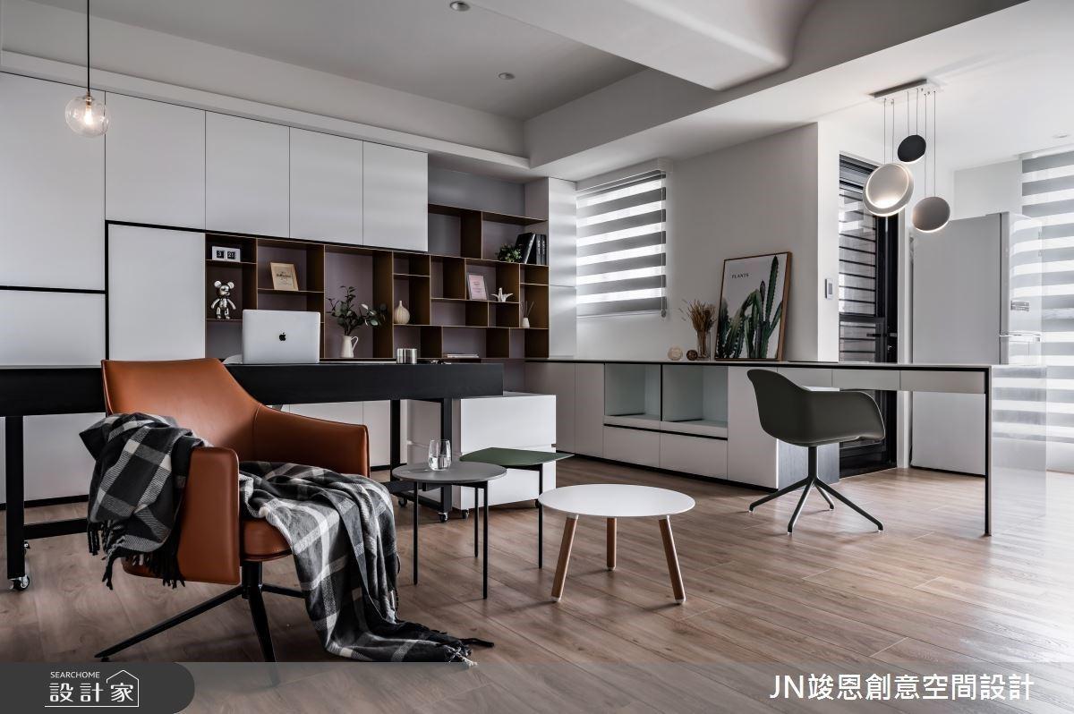 在單身小宅內與自己獨處,12坪空間裝下開放式客餐廚、獨立更衣間