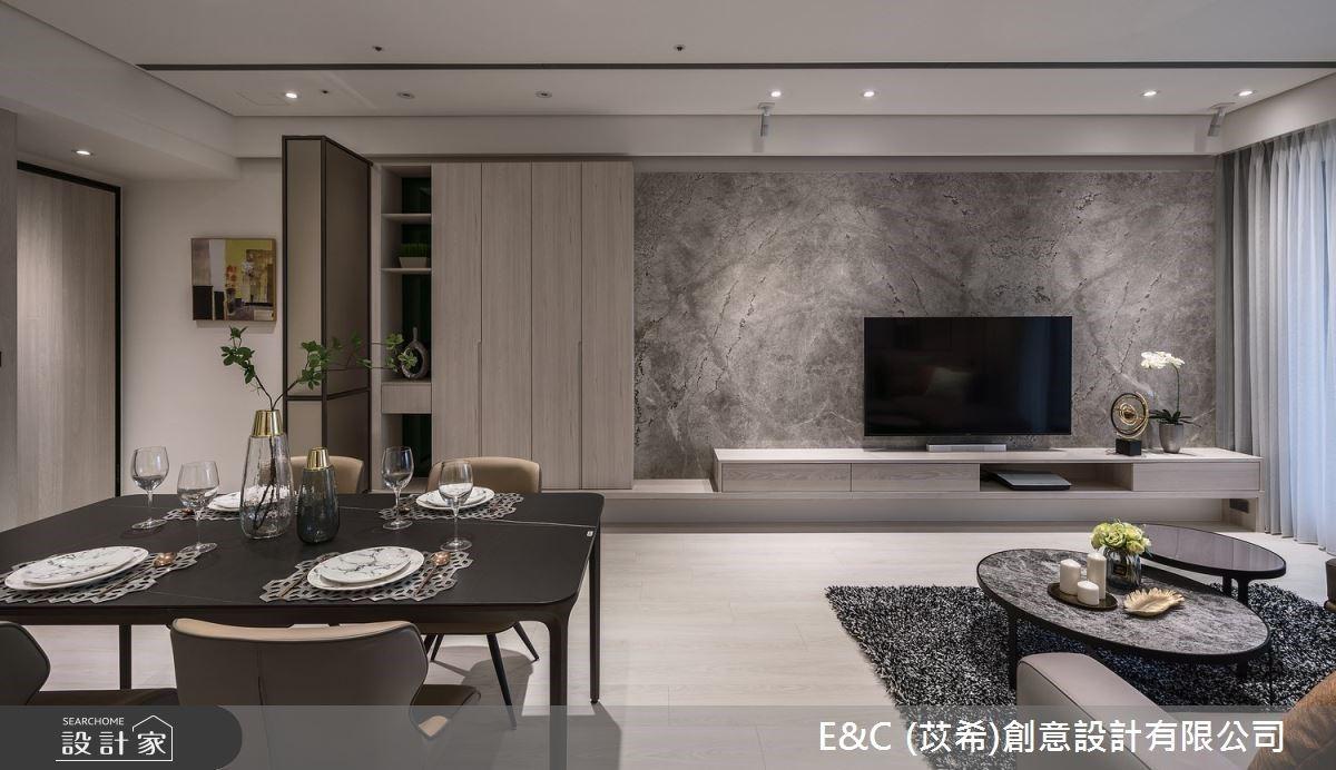 優雅大地色詮釋VIP飯店風!玻璃拉門X大理石材 創造渾然天成的大器感