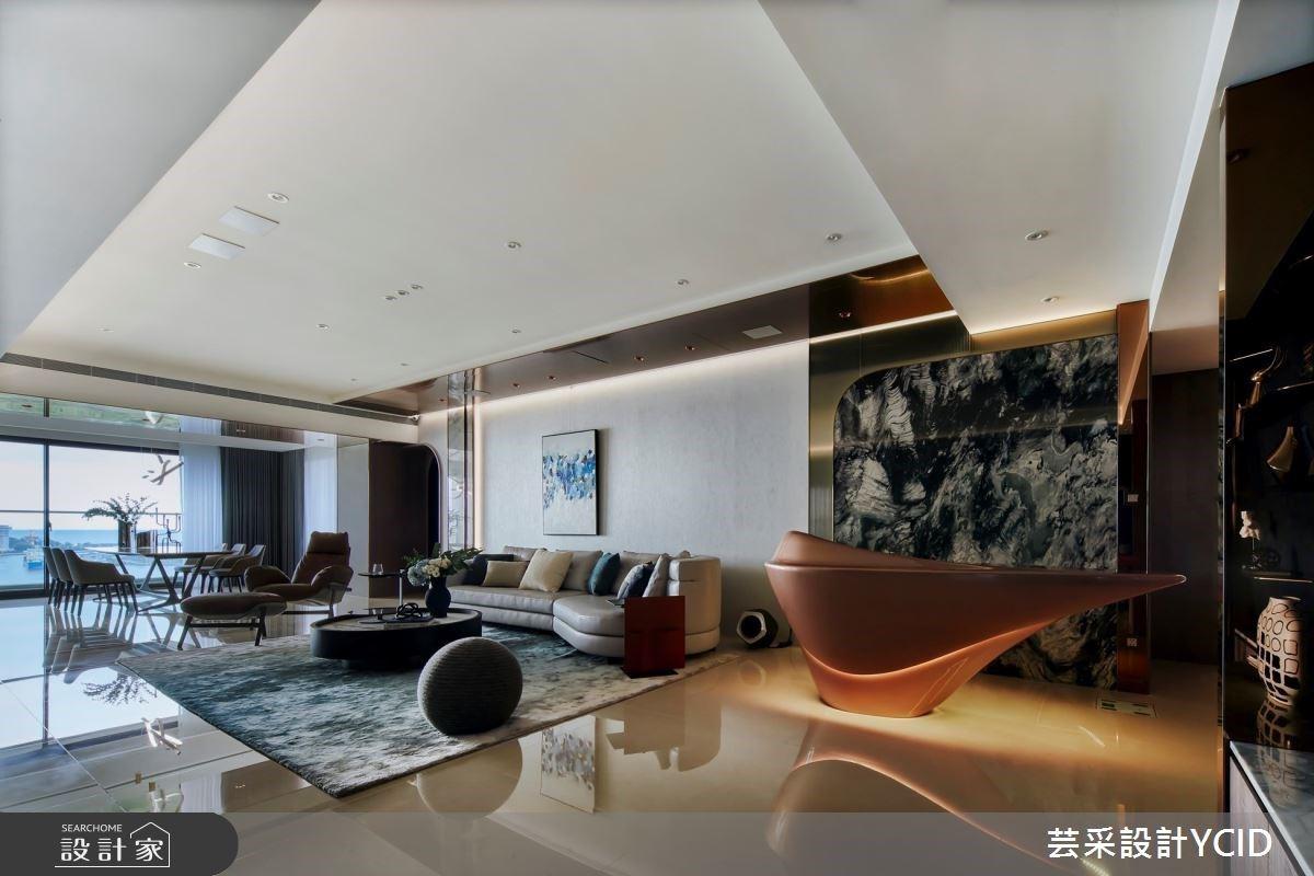 玄關衣帽櫃、坐擁豪景和DJ台,優雅的弧型豪宅享受層峰人生