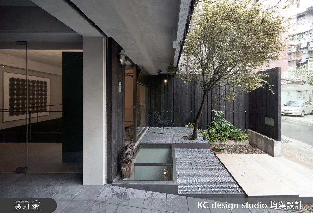 延伸的空間感與生活的記憶,40 年老屋進化綠意個性宅邸