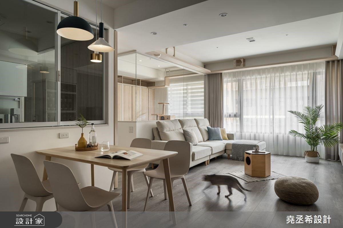北歐風寵物宅擁有豐富玄關機能,穿透材質讓空間開闊舒適