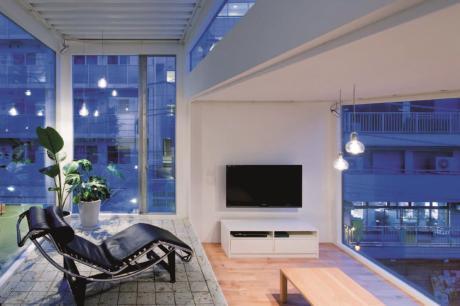 層層疊疊的積木之家  想像不到的通透9坪東京日本小宅