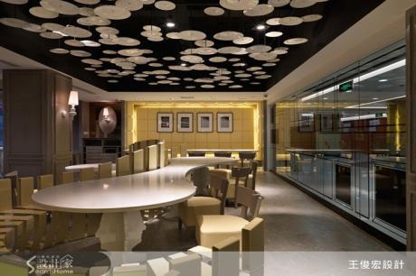 活潑俏皮的餐廳 讓我們在鋼琴鍵上用餐吧!
