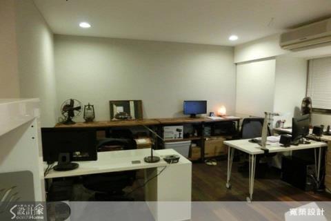 改造13.5坪老屋,變身「簡約時尚」的舒適工作室