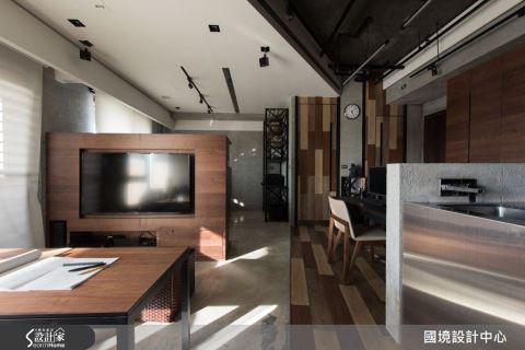 Home x Studio 的完美結合  20 坪住辦混搭 Loft 宅!